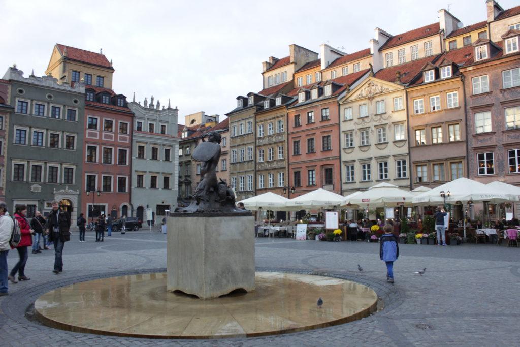 Warsaw little mermaid symbol World Unesco Heritage Patrimony