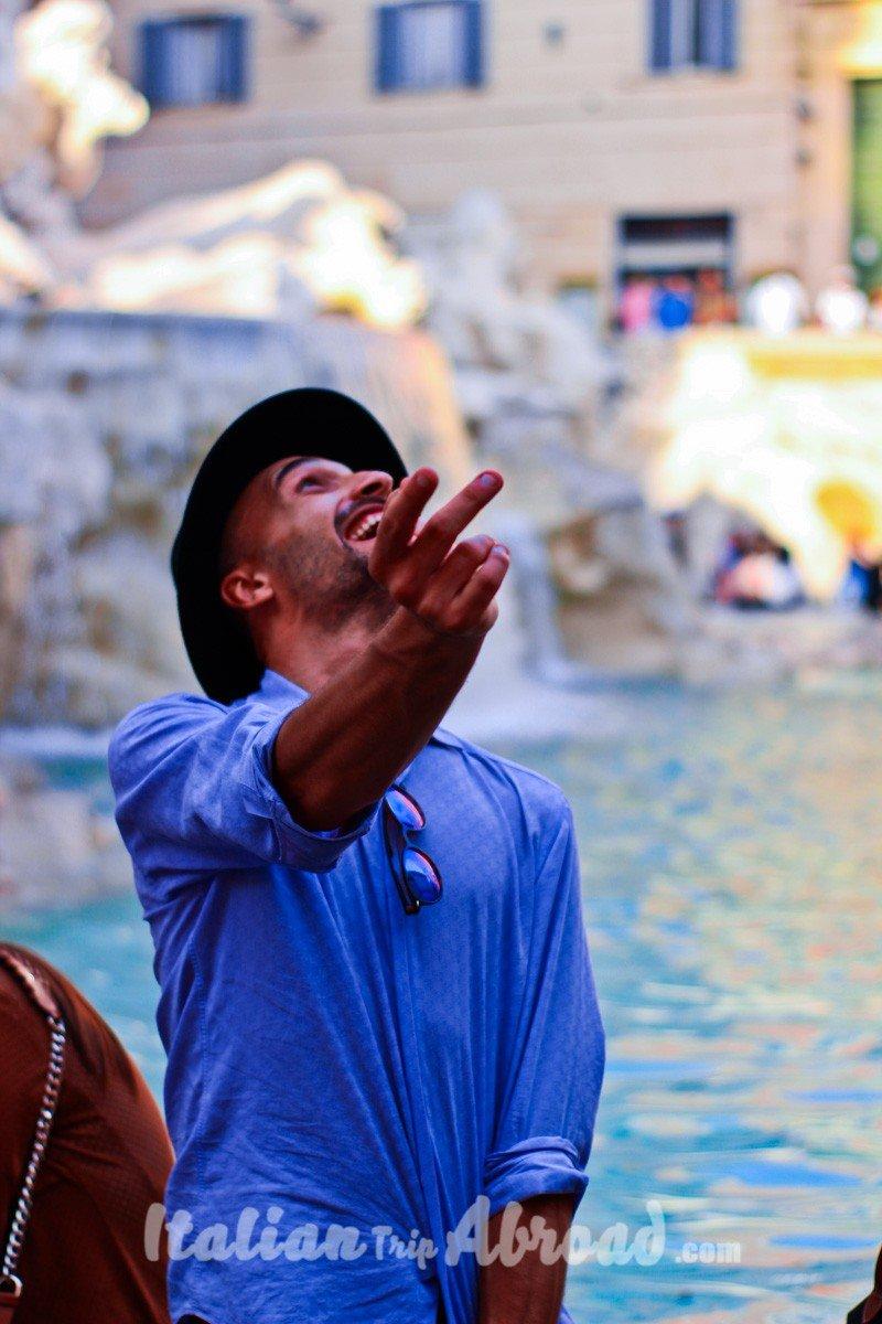 Flip a Coin in trevi funtain | Rome bucket list