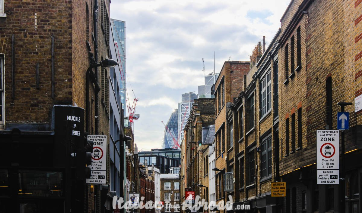 Shoreditch and Brick Lane - the city of london on the top of brick lane