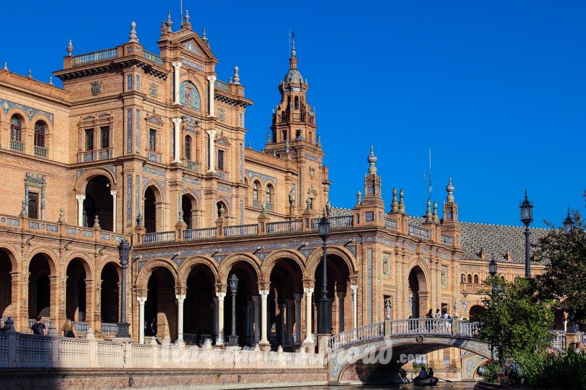 The beauty of Sevilla - Discover Sevilla - Instagram photo sevilla - Plaza de Espana - Spain Square