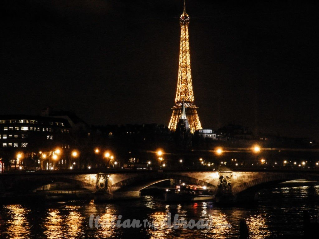 Pont Alexandre 3 Bridge paris - Eiffel Tower from Seine