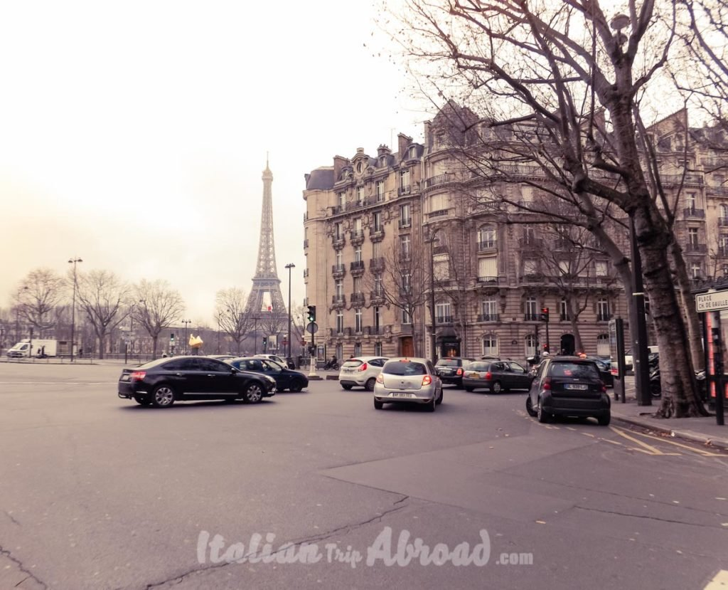 Best places to photograph in paris - The Eiffel Tower from the river side