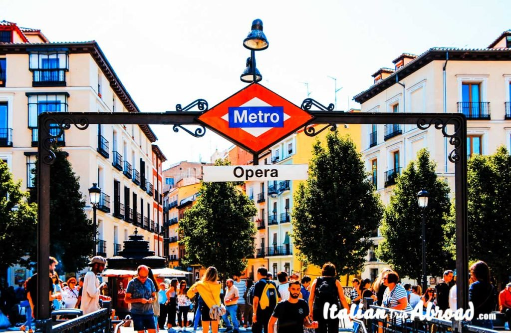 Metro Opera - Underground Madrid - Road trip in Spain