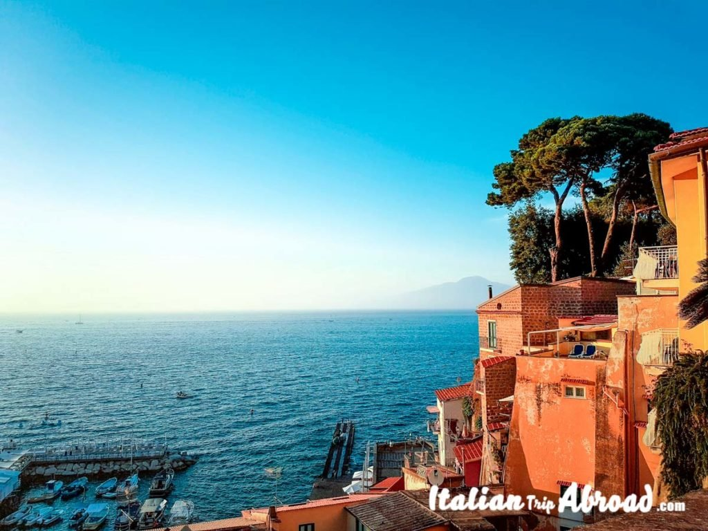napoli via caracciolo view  What to do in Naples Italy in 2 days Posillipo photos of napoli