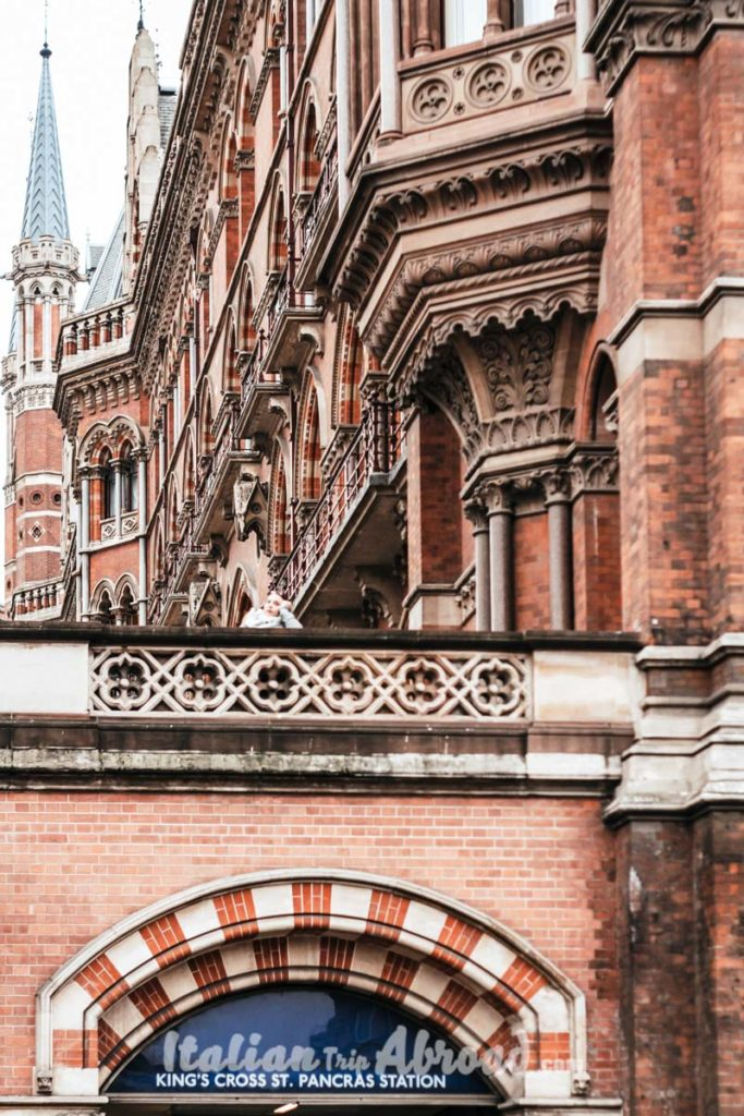interesting places to photograph in London - Renaissance Hotel London