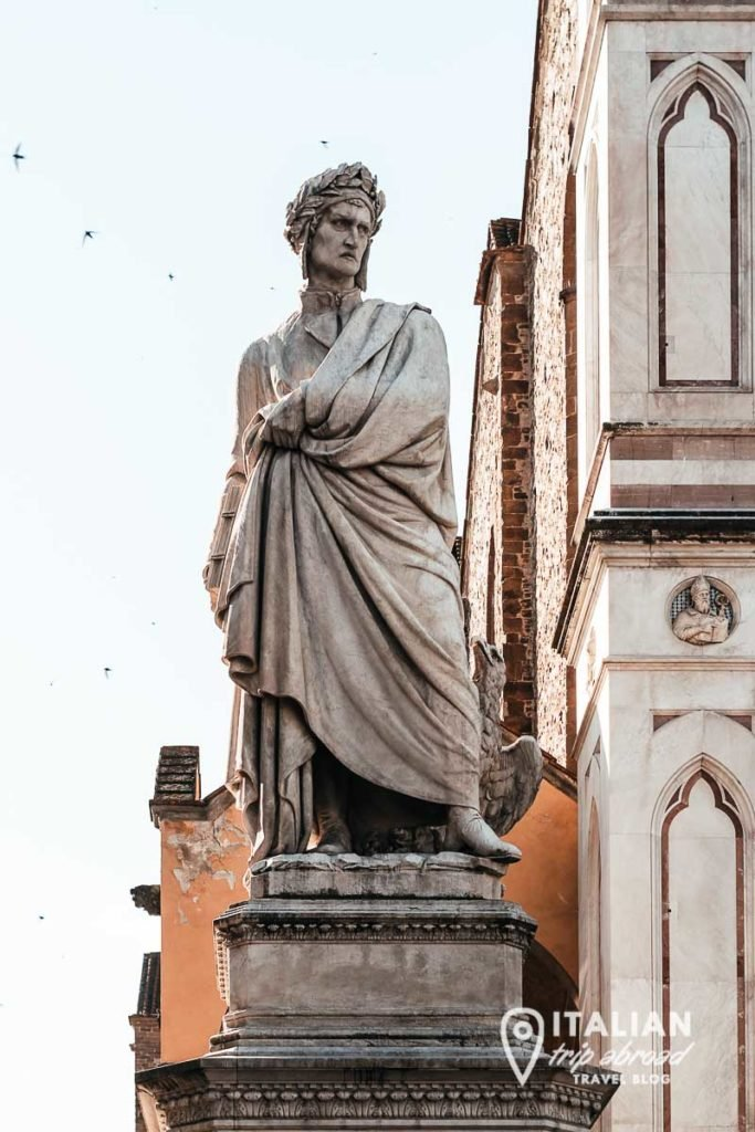 Dante Alighieri statue - Instagram worthy places in Florence