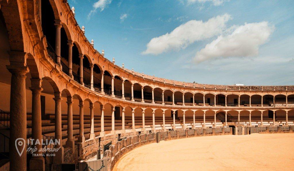Ronda plaza de Toros . Ronda is the perfect day trip from malaga