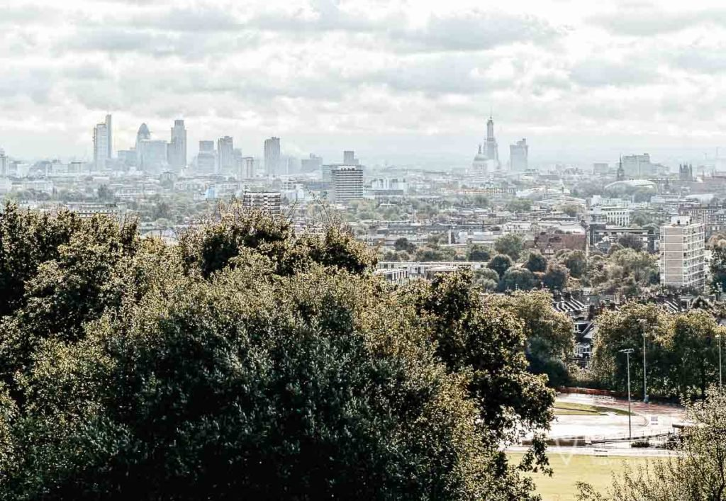 Hampstead heat - Parliament hill - London Skyline