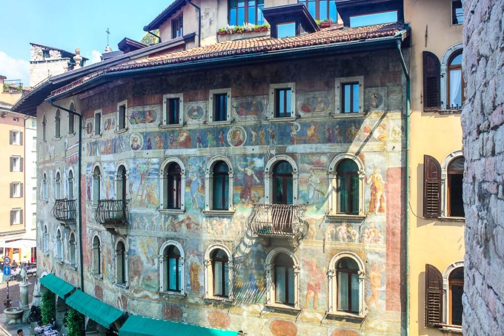 Frescos of Piazza Duomo in Trento - Trentino things to do