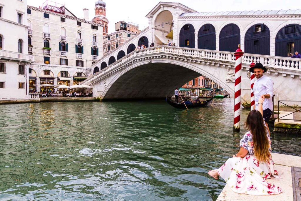 Ponte di Rialto - Rialto Bridge of Venice | Best photography spots in Venice