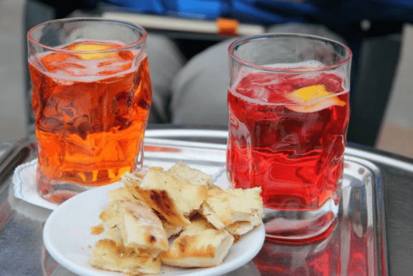 Cicchetti Tour and Aperol Spritz in Venice, Italy
